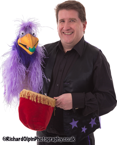 Gloucestershire Children's Magician with Purple Parrot